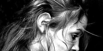 Bullying: correção de orelha pode ser grátis