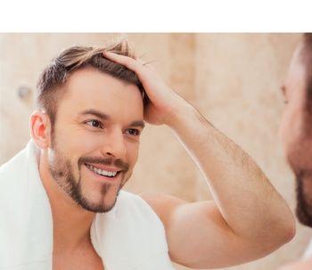 Maior cuidado masculino aumenta a busca por transplante capilar