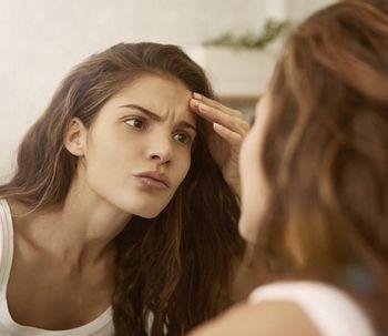 Saiba como tratar acne na idade adulta