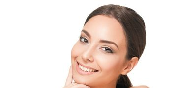 Veja como funciona o microagulhamento para o rejuvenescimento da pele