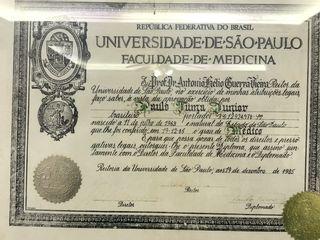 Diploma de graduação medicina -USP