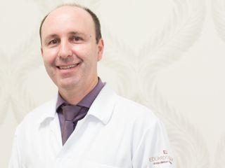DR EDUARDO OFICIAL.jpg