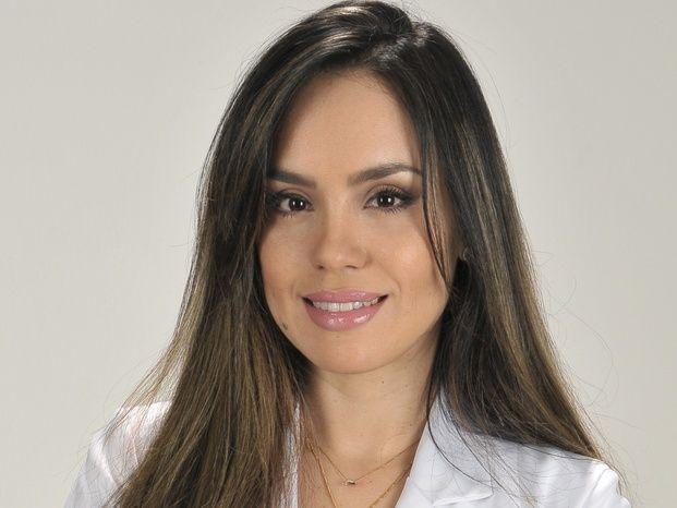 Dra. Renata Vidal Cirurgia Plástica
