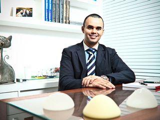 Dr. Acrysio Peixoto