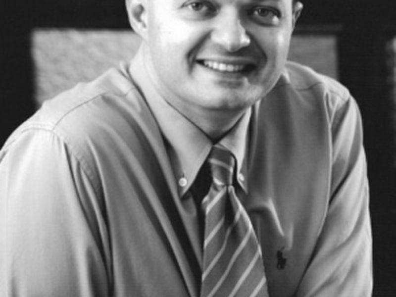 Dr. Marcio Moreira
