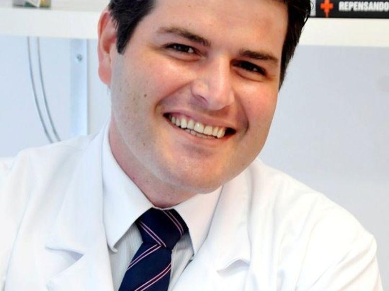 Dr. Allan Bernacchi