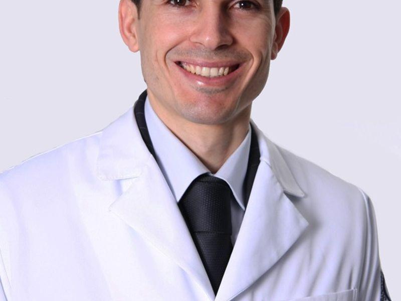 Dr. André Araújo