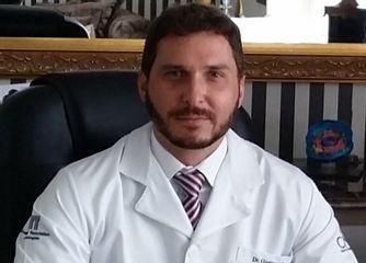Dr. Gustavo Sartorato