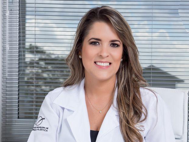 Dra. Luiza K. Hassan Cirurgia Plástica