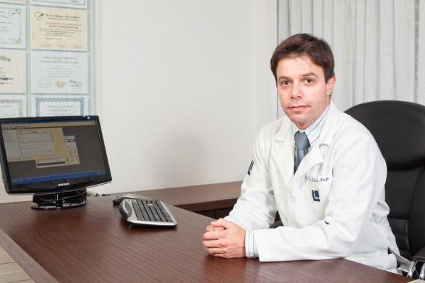 Dr. Luiz Roberto Araújo