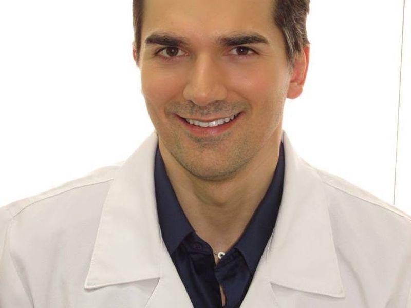 Dr. Leandro Damiani