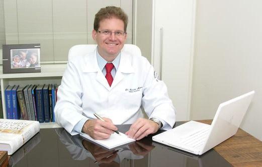 Dr. Marcelo Maino