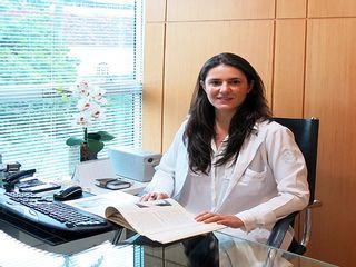 Dra. Carolina Junqueira