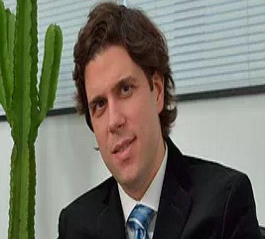 Dr. Luis Gustavo Prado