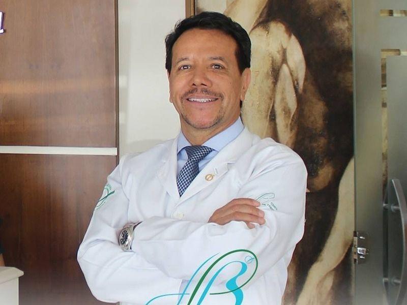 Dr. Fausto Bermeo