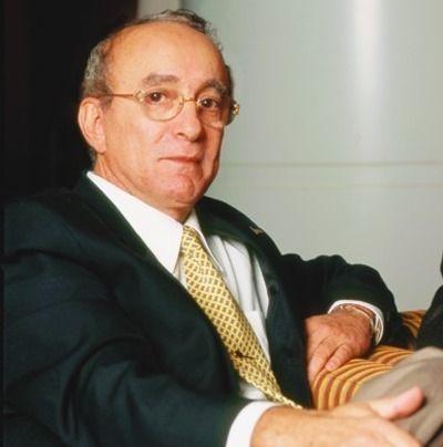 Dr. Moises Wolfenson