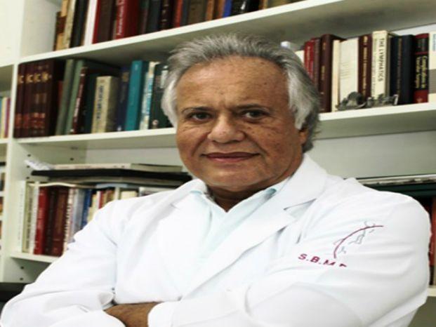 Dr. Roberto E. Tullii
