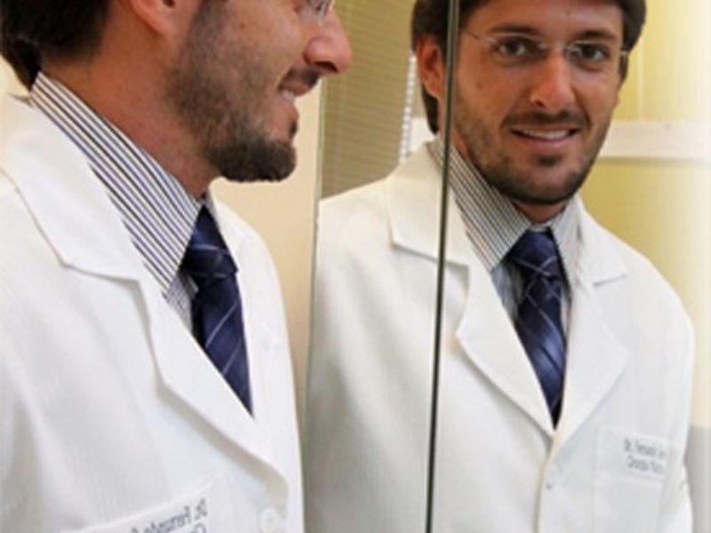 Dr. Fernando Serra