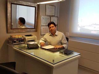 dr. Ricardo Izola