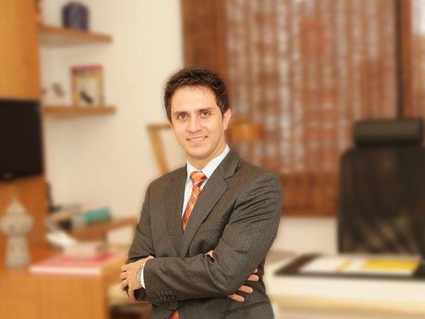 Dr. Leandro Brum