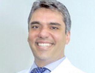 Dr. Eduardo Andreuccetti D'Oliveira